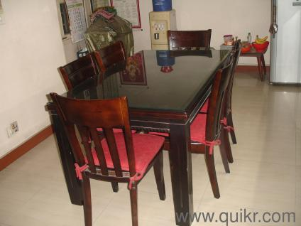 4 Glass Topped Dining Table With 6 Chairs