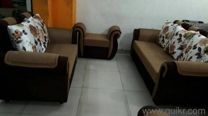 PREMIUM Sofa Set 7 Seater Brand New   3 Seater, 2 Seater And 2 Puffies
