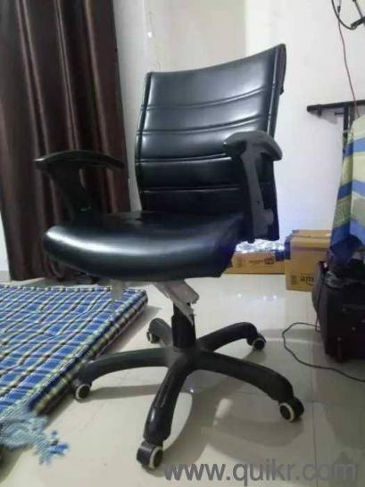 urgent office chair and table for sale office chairs
