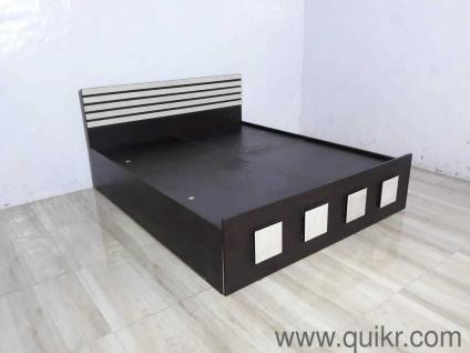 f9d6bc75ad1f Queen Size bed with Storage , Black with Creamish White Finish