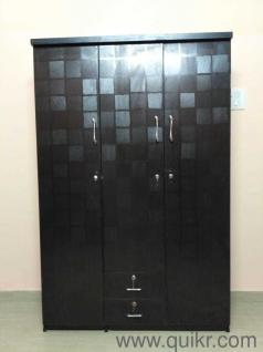 Nd New 6 3x4 Feet Three Door Wardrobe With Mirror For Sale Fixed Price