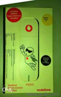 Apple ipod nano 1st generation box only w/manuals stickers black.