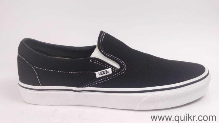 8cad25f1cc Vans Unisex Classic Slip-On Black Loafers and Moccasins - 8 UK India ...