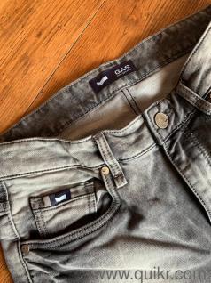 Wholesaler of mens branded garments