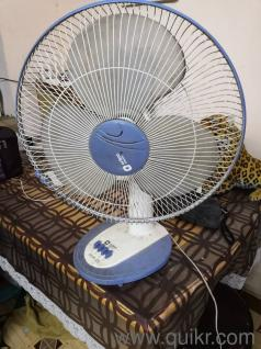 Orient table fan in excellent working condion   two years old