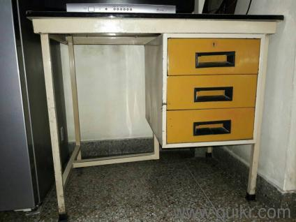 Used Study Table Online In Udaipur