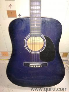 Full size Acoustic Guitar with Padded Bag & Picks Free