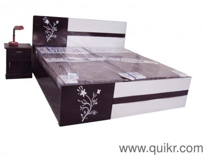 Simple Double Bed Model