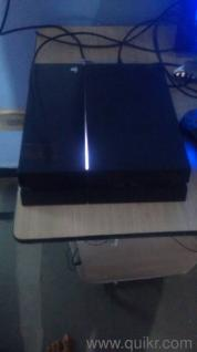 26 games ps4 500 gb with 26 lastest games for sell it is same like new and  very very good condition and games are1 spiderman2 A way out3 red dead