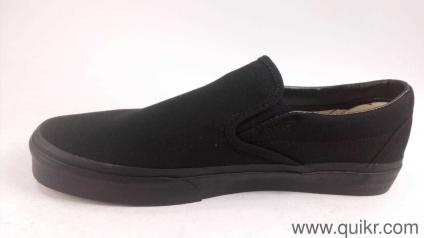 edbeee760d Vans Unisex Classic Slip-On Black Loafers and Moccasins - 8 UK India ...