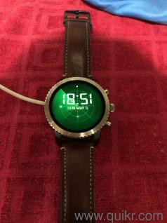 FOSSIL Explorist Smartwatch 1 year old never used very good condition