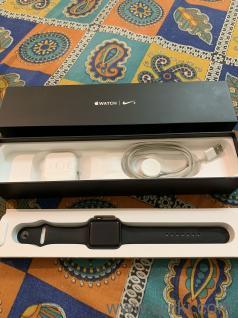 Apple Watch - 42MM series2 Nike+