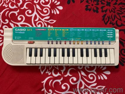 Portable Musical Keyboard (Casio) for Kids, Perfect Condition