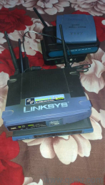 3 pcs router and 4 computer camera all perfect working condition both pcs  very cheap price