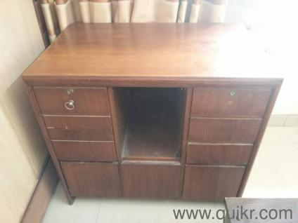 PREMIUM Urgent Sell Writing Table In Compressed Wood Excellent Condition Pls Call 8655277777