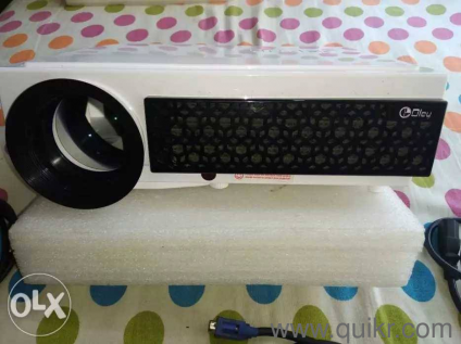 OLEY LED 3D HD Projector 1080P 5000 Lumens  Android + WiFi + TV