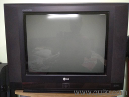LG Flatron CRT Flat Screen TV 21inch / 53 5 cm in very good condition, not  even one time it has been repaired  With Golden Eye Technology which sets