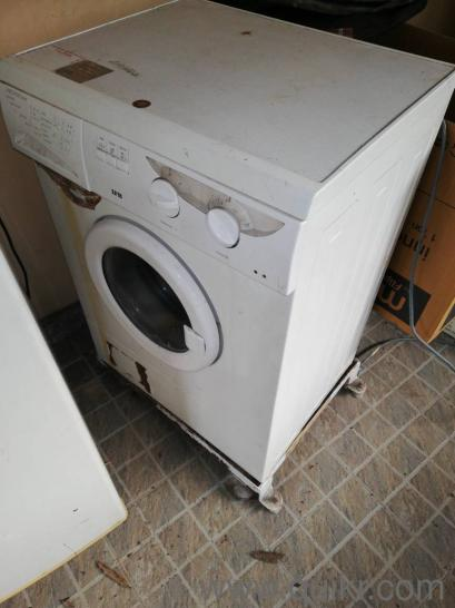 Used Washing Machine for sale   spinning operation to be repaired