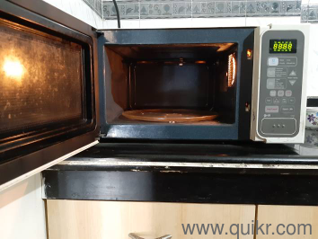 Samsung Microwave Oven Ge83zl 23 Litre With Grill In Completely Running Condition