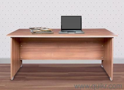 Refurbished / Used Office Tables Furniture in India | Second Hand