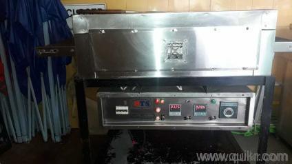 24 inch conveyor belt pizza oven in excellent condition