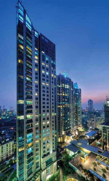 Amanora Neo Towers, Magarpatta Road, Pune